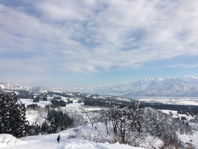 ホテルのスキー場の写真になります。