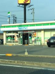 ファミリーマート 和歌山湊店