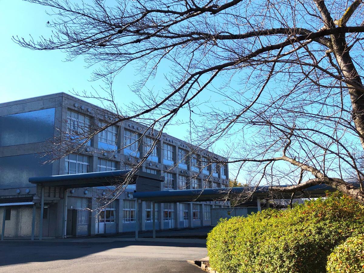 王寺工業高校