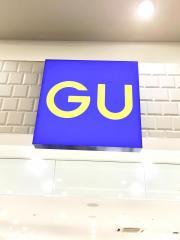 ジーユーMOMOテラス店