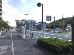 「精華町役場(東)」バス停留所